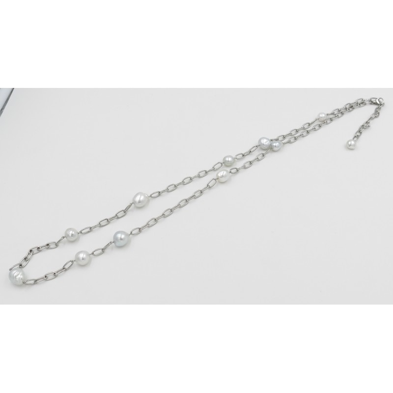 Stylish White South Sea Pearls Necklace