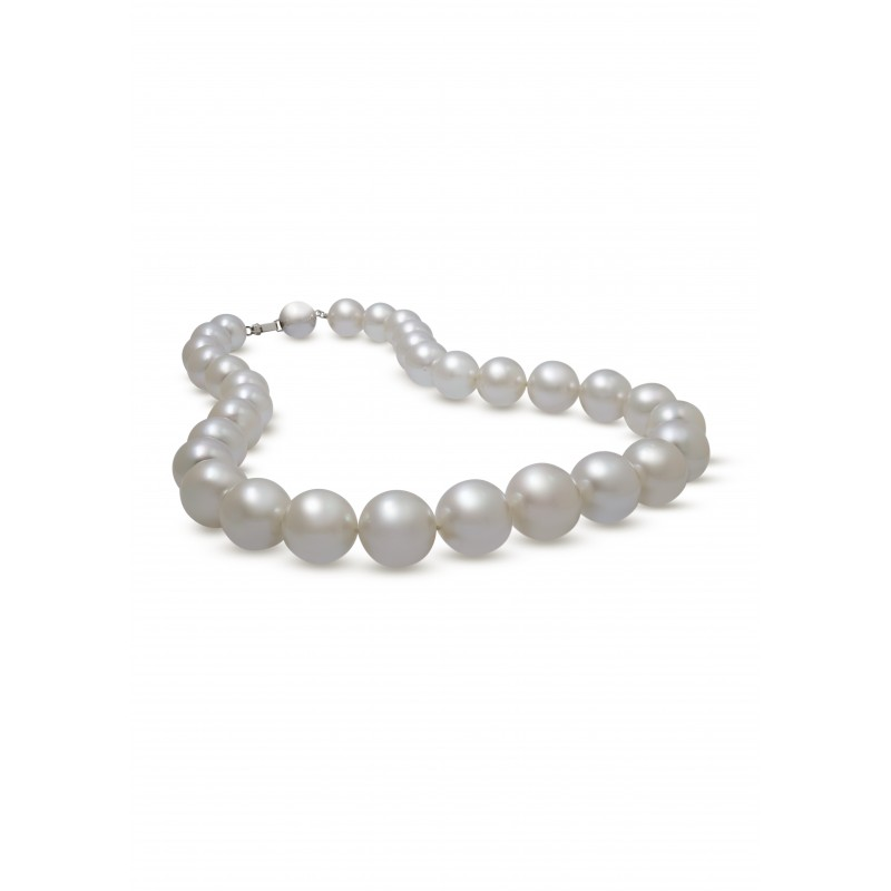 Classy South Sea Pearls Necklace